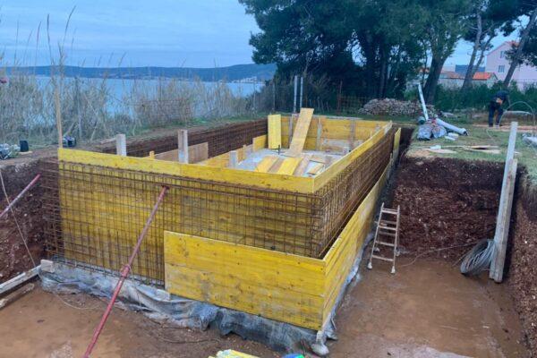 kastel villa gradnja