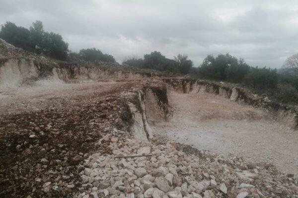 iskop grunta Gradnja privatne Vile s bazenom u Rogoznici
